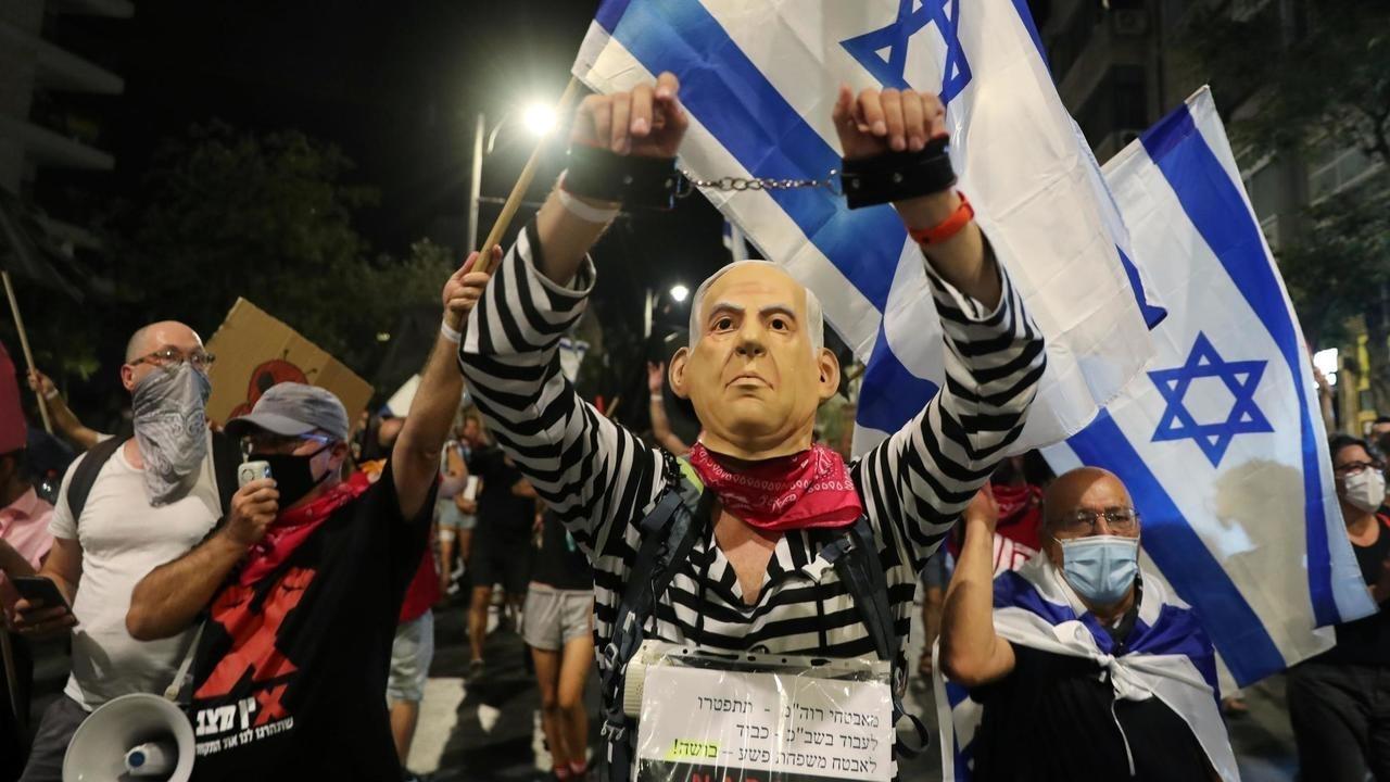2020-08-29t181218z_440890005_rc2uni9e7nb6_rtrmadp_3_health-coronavirus-israel-protests_0.jpg